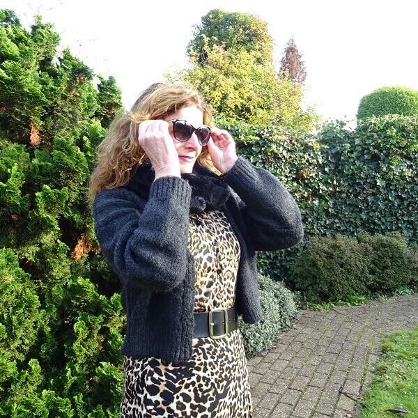 faux fur col shawl