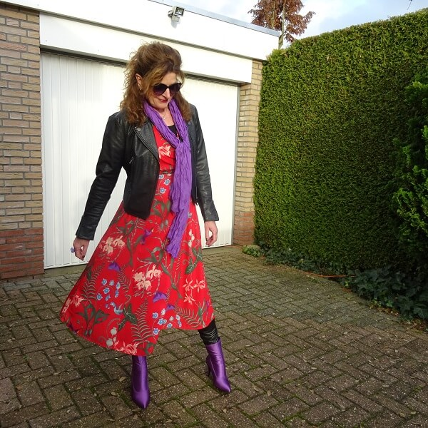 FASHION IS ADDICTIVE & FANCY FRIDAY LINKUP by Nancy's Fashion Style