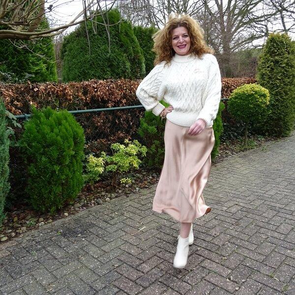 silk skirt in rose gold