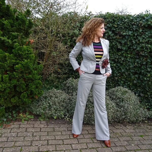 how I wear a striped sweater on a trouser suit