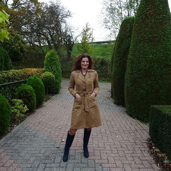 fashion essentials trench coat