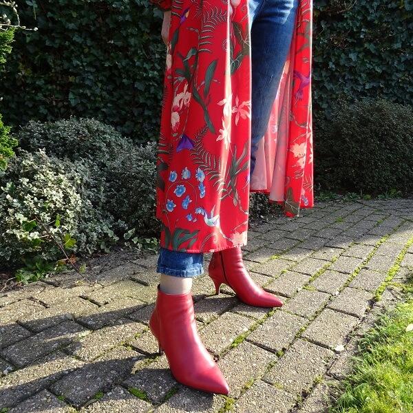red kimono outfit