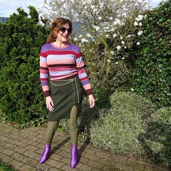 green thights under a green dress Fancy Friday linkup