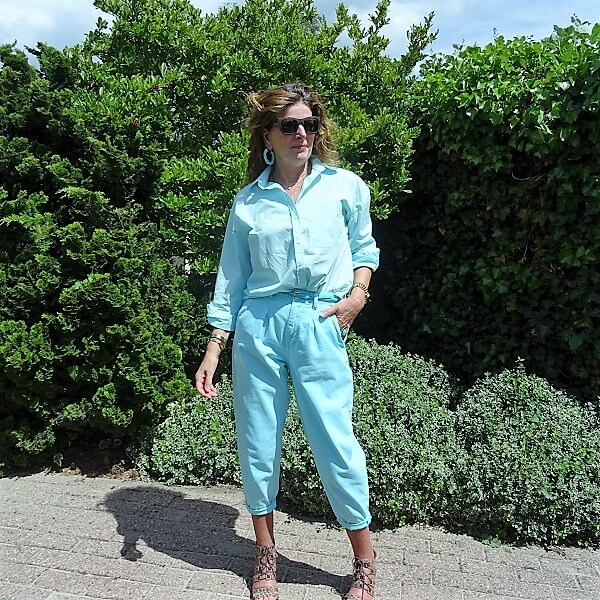 blue pastel balloon trousers