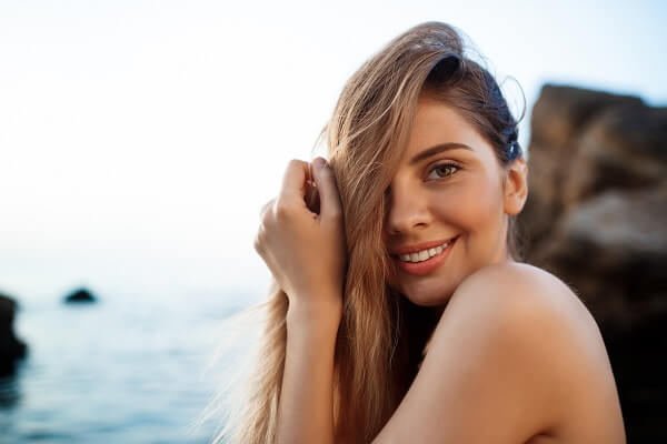 A Simple Guide for Youthful, Glowing Skin This Summer