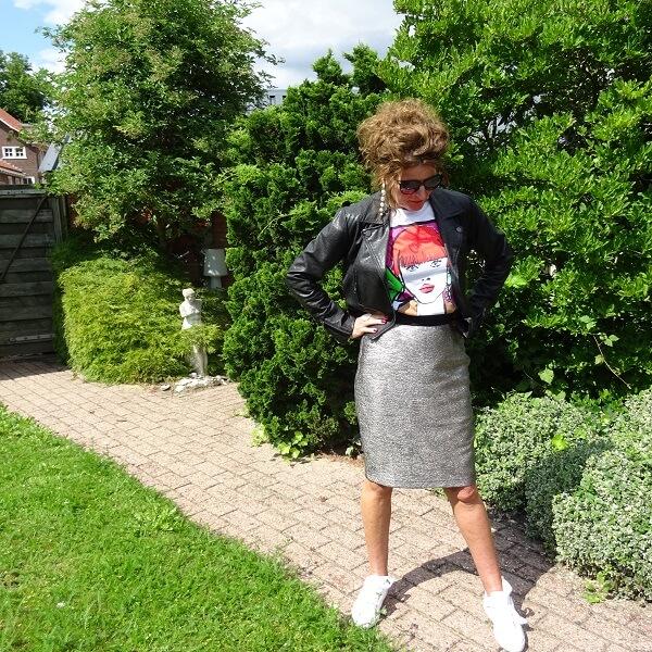 metal skirt