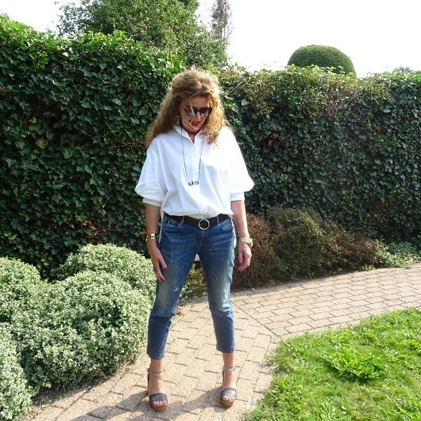 blue sandals and puffed sleeves blouse