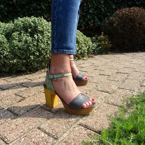 blue sandals with chunky heel