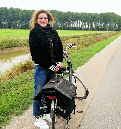 On the bicycle, very cold!