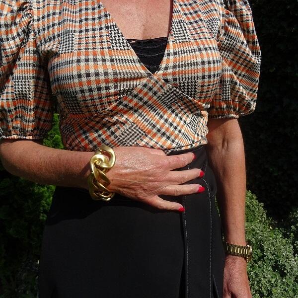 link bracelet in matte gold
