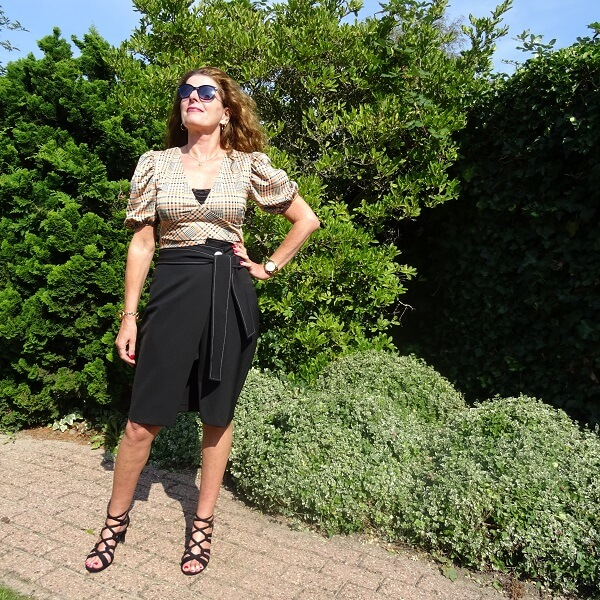 black scuba pencil skirt