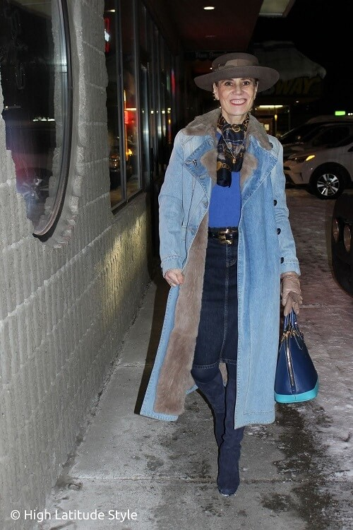 winter coat shown by fashion blogger