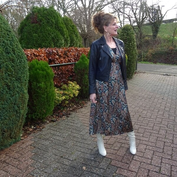 Paisley Print Dress & Fancy Friday linkup
