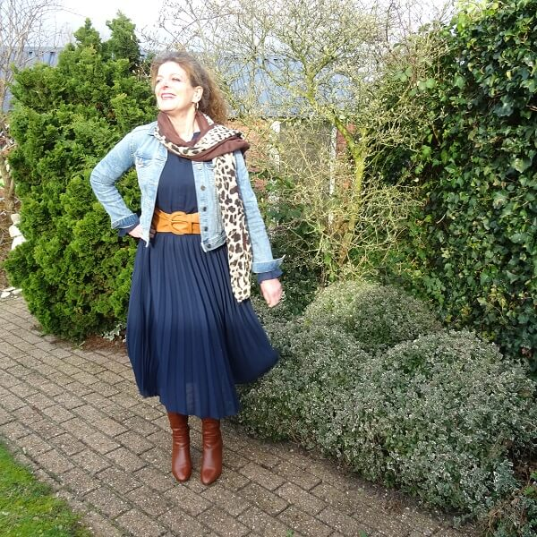 pre loved pleated dress