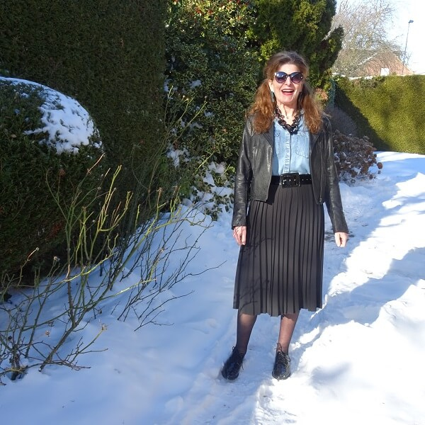pleated skirt with brogues