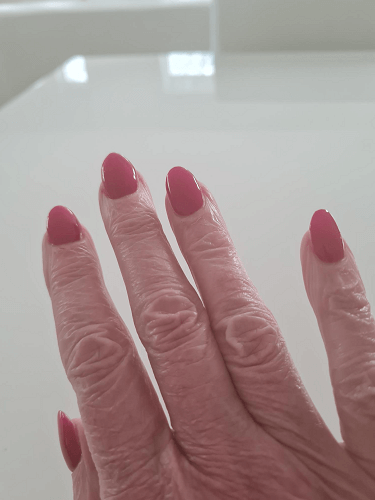 red nails get my nails done