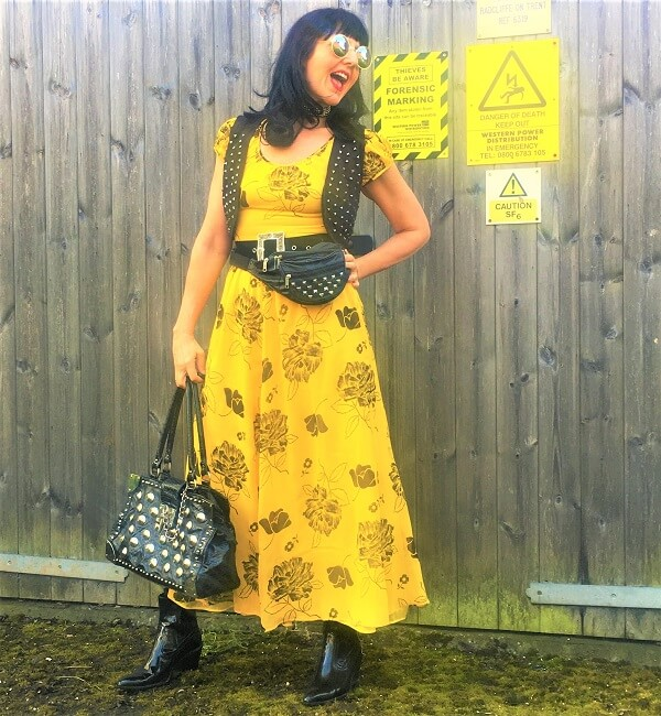 Yellow and black outfit with flowers