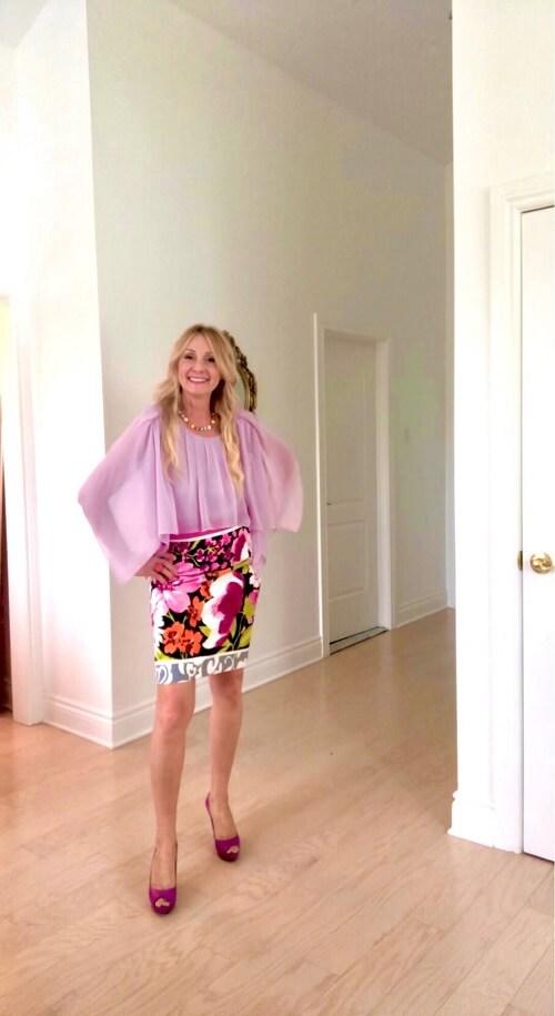 fashion blogger in romantic style