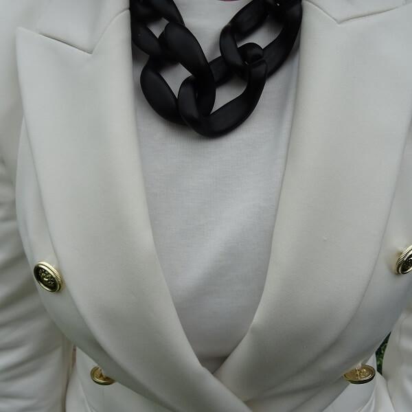 black statement chain necklace