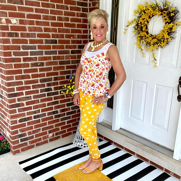 yellow trouser outfit