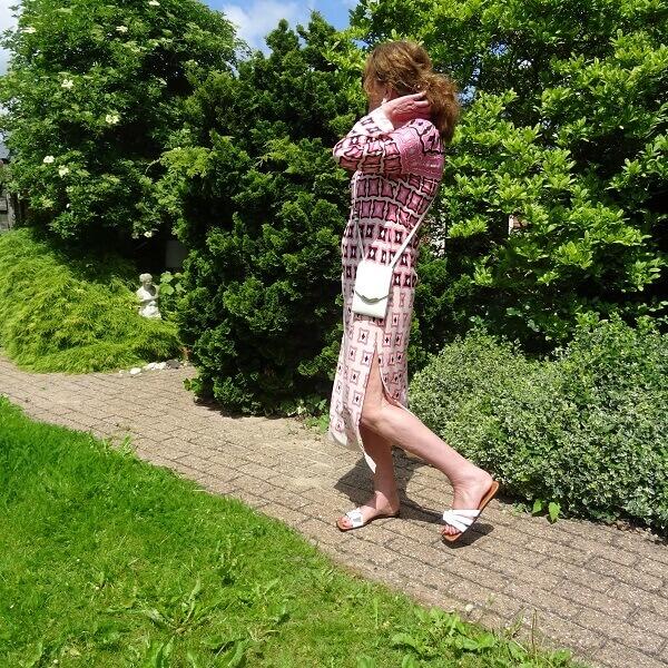 pink graphic print dress