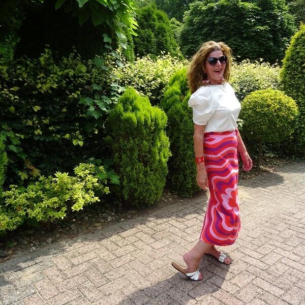 linen skirt and slippers