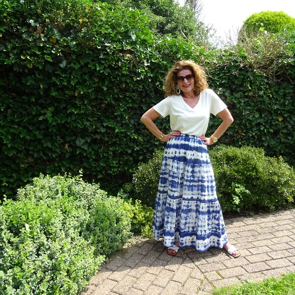 outfit with maxi skirt