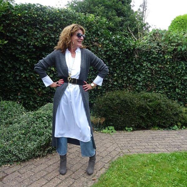 White Blouse Dress & Fancy Friday linkup
